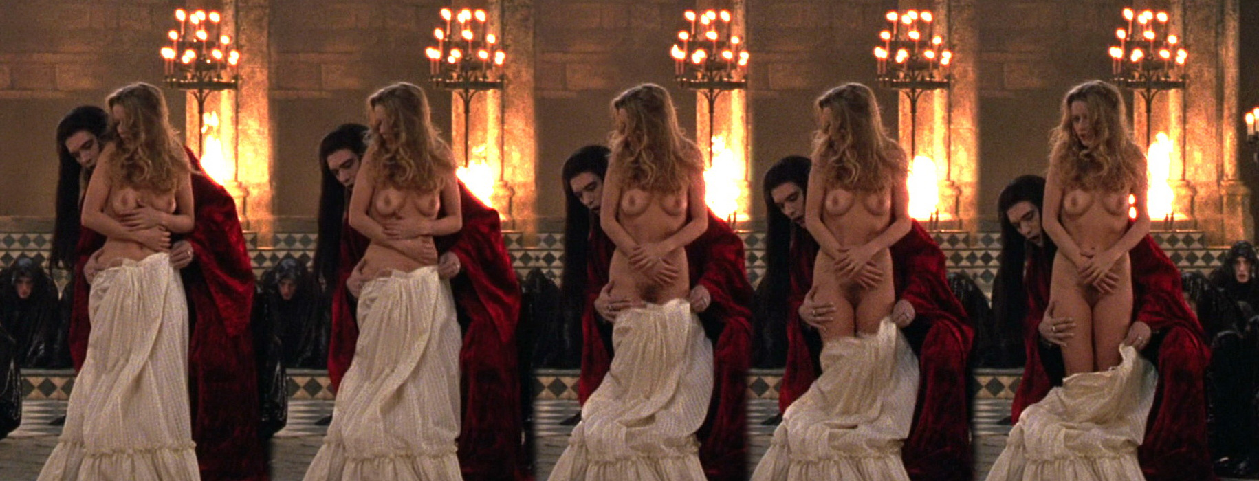 Laure Marsac Nude In Interview With The Vampire Photo